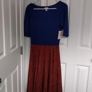 LuLaRoe Dresses - SALE! NWT Lularoe Nicole dress M